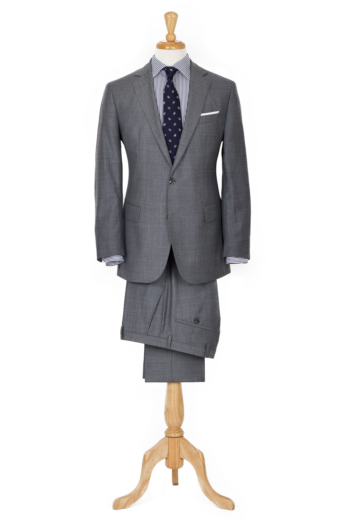grey 2 piece suit styling
