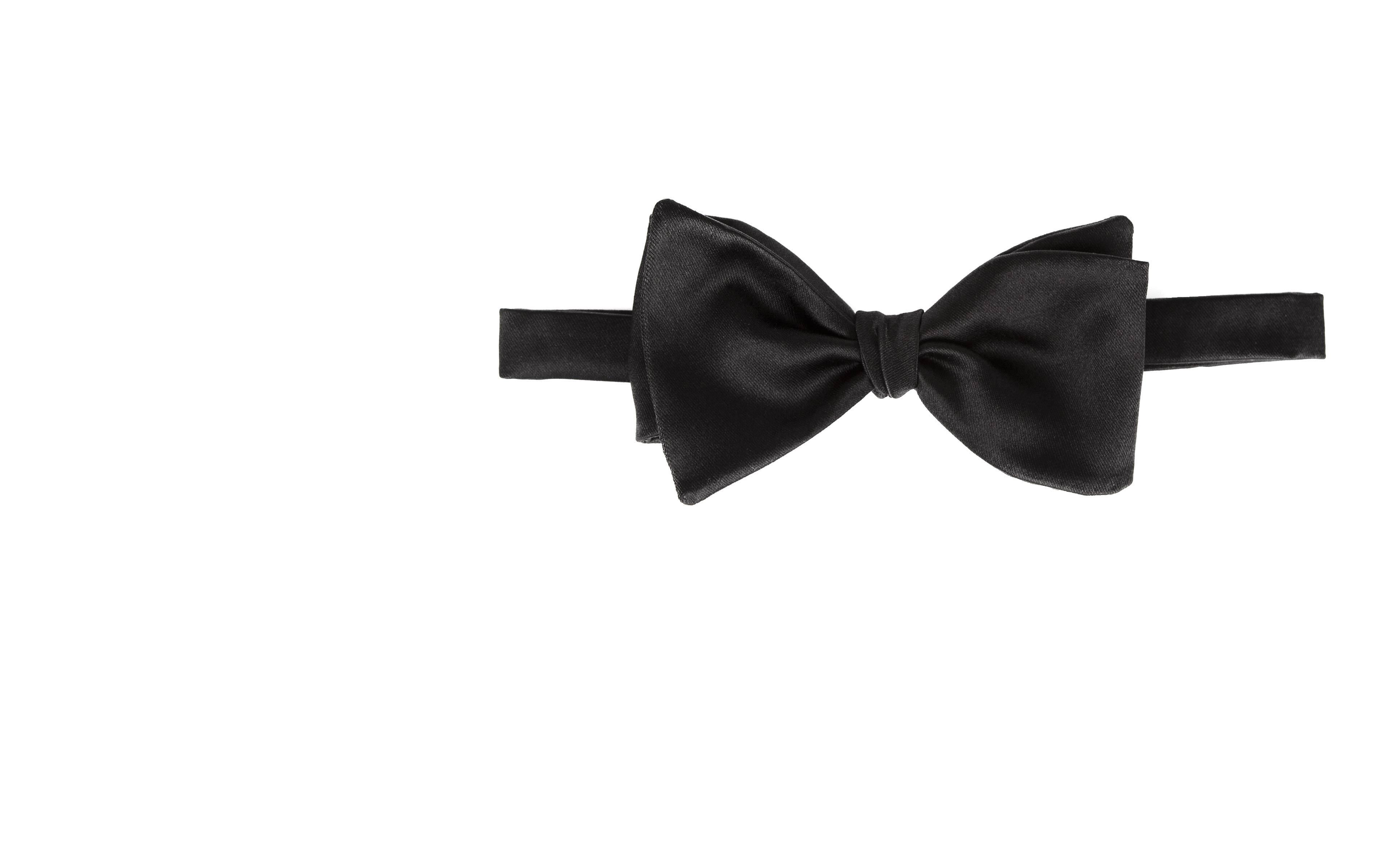 Black 100% Silk Bow Tie
