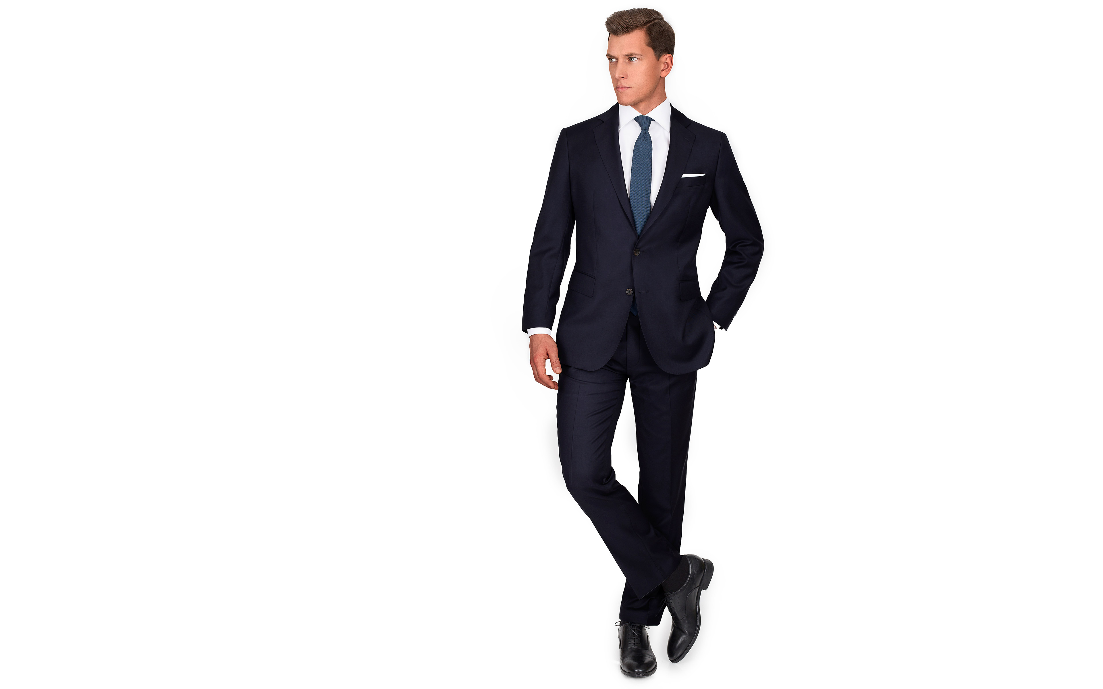 Suit in Solid Dark Navy Blue Wool