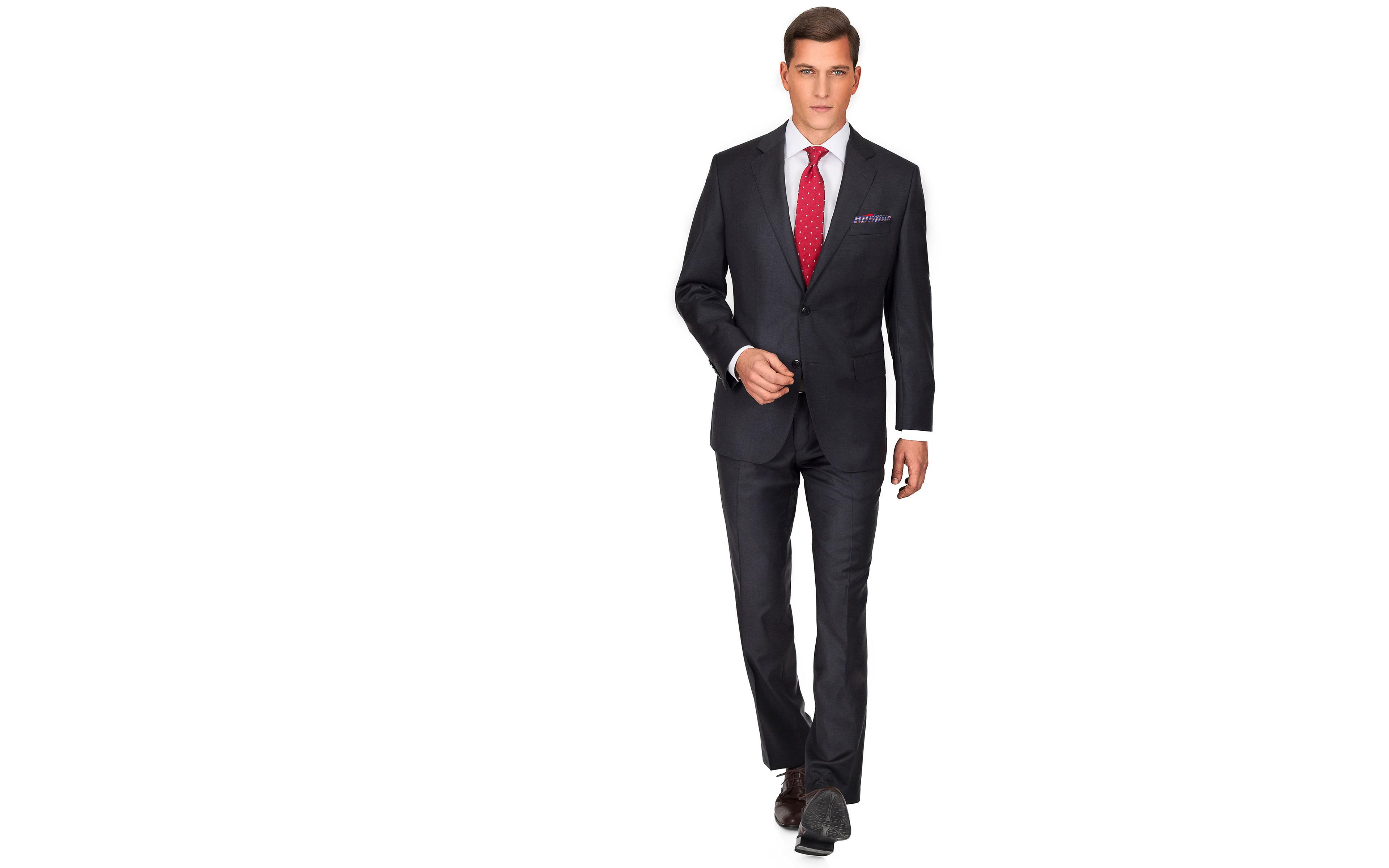 Suit in Solid Charcoal Wool