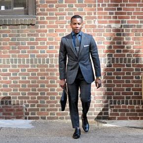 Men's Style Pro Grey Plaid Suit - thumbnail image 2