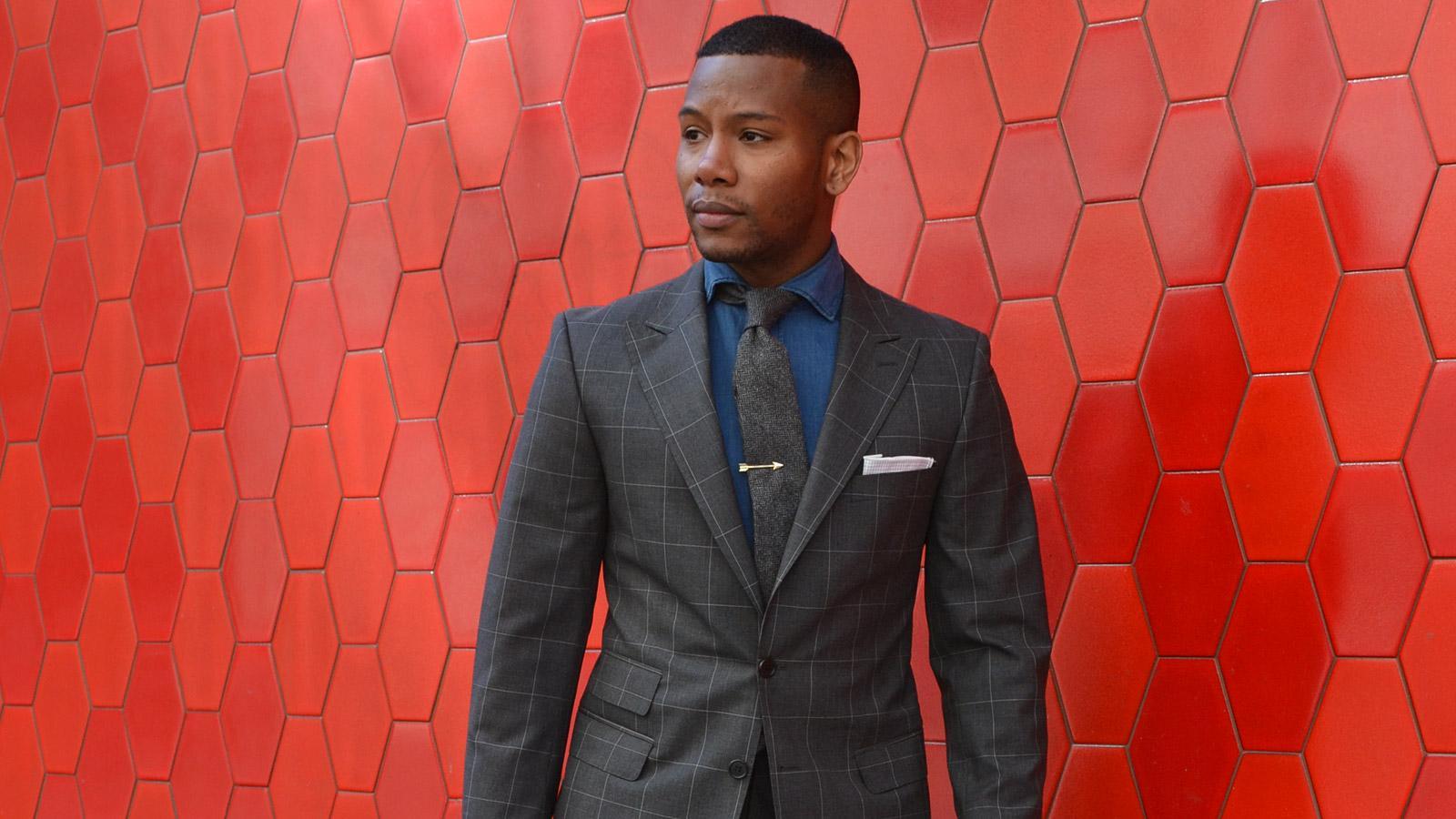 Men's Style Pro Grey Plaid Suit - slider image 1