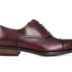 Burgundy Cap-Toe Oxford with a Rubber Sole - thumbnail image 1