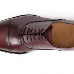 Burgundy Cap-Toe Oxford with a Rubber Sole - thumbnail image 2