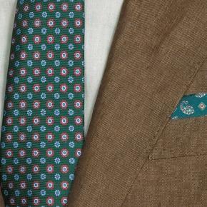 Natural Brown Linen Suit - thumbnail image 2