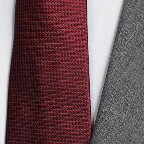 Tropical Chine Ash Grey Suit - thumbnail image 2
