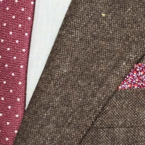 Suit in Natural Brown Tweed - thumbnail image 2
