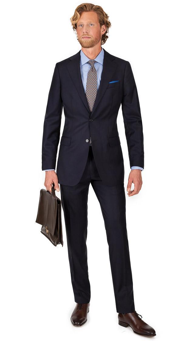 THE Q. Suit in Dark Navy Wool